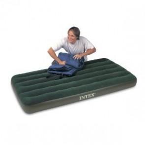 Intex luchtbed met batterij pomp